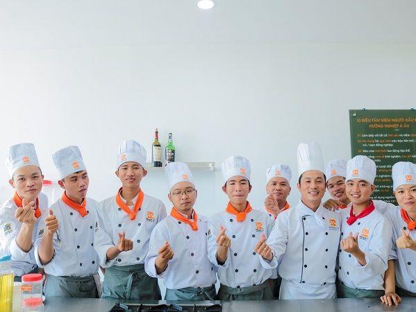 lớp học bếp trưởng điều hành