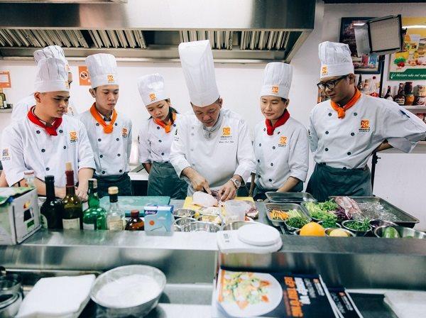 lớp học nấu ăn buổi tối ở hà nội